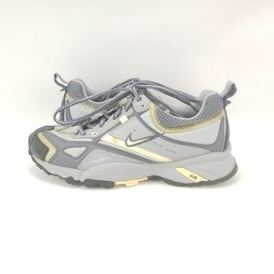WOMEN'S NIKE ACG HIKING TRAIL all track water shie